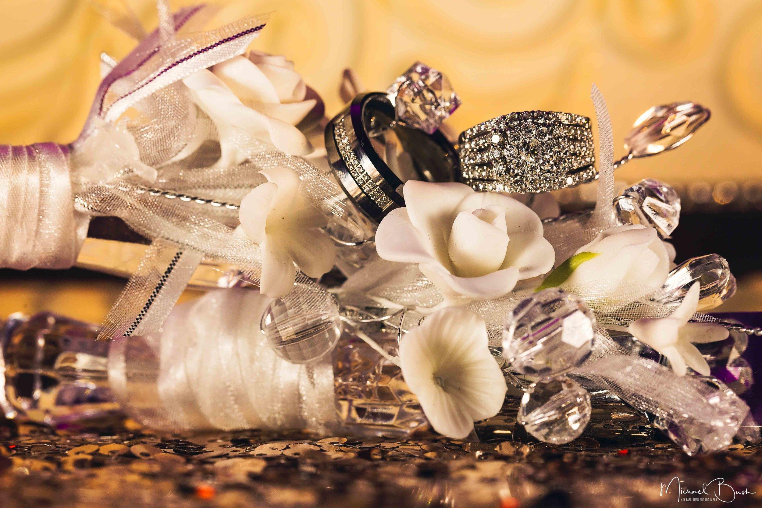Wedding-Reception-Detials-Fort-Worth-Venue-ring-shot-wedding-ring-close-up-macro.jpg