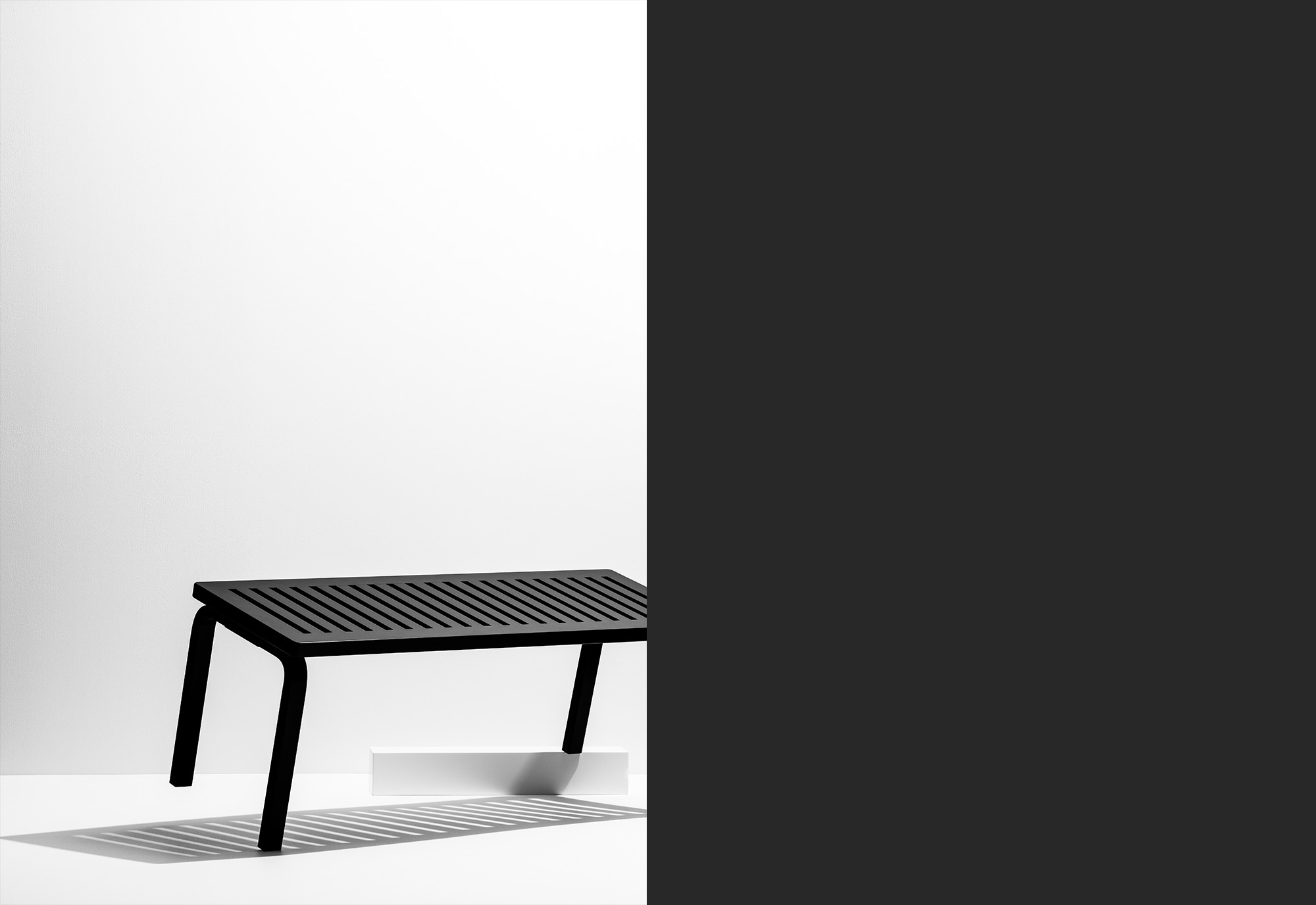 STOCKMANN_MONOCHROME_TREND_WHITE_BENCH-10_RT_flat-2.jpg