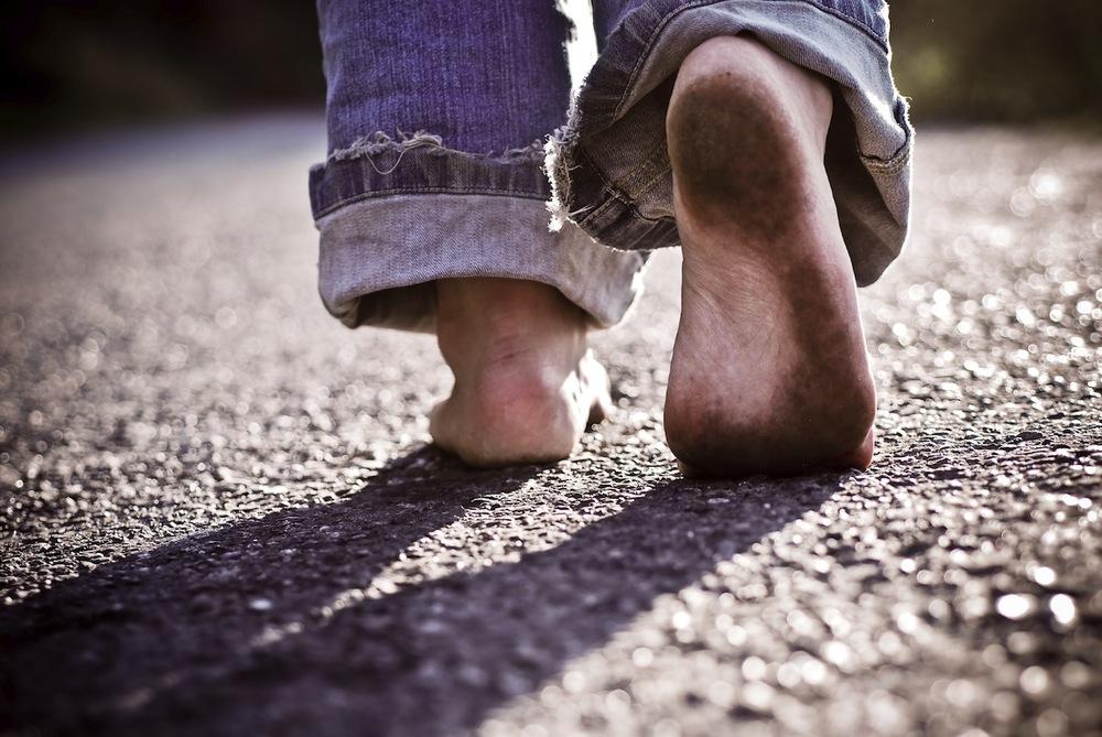 feet-walking-barefoot.jpg