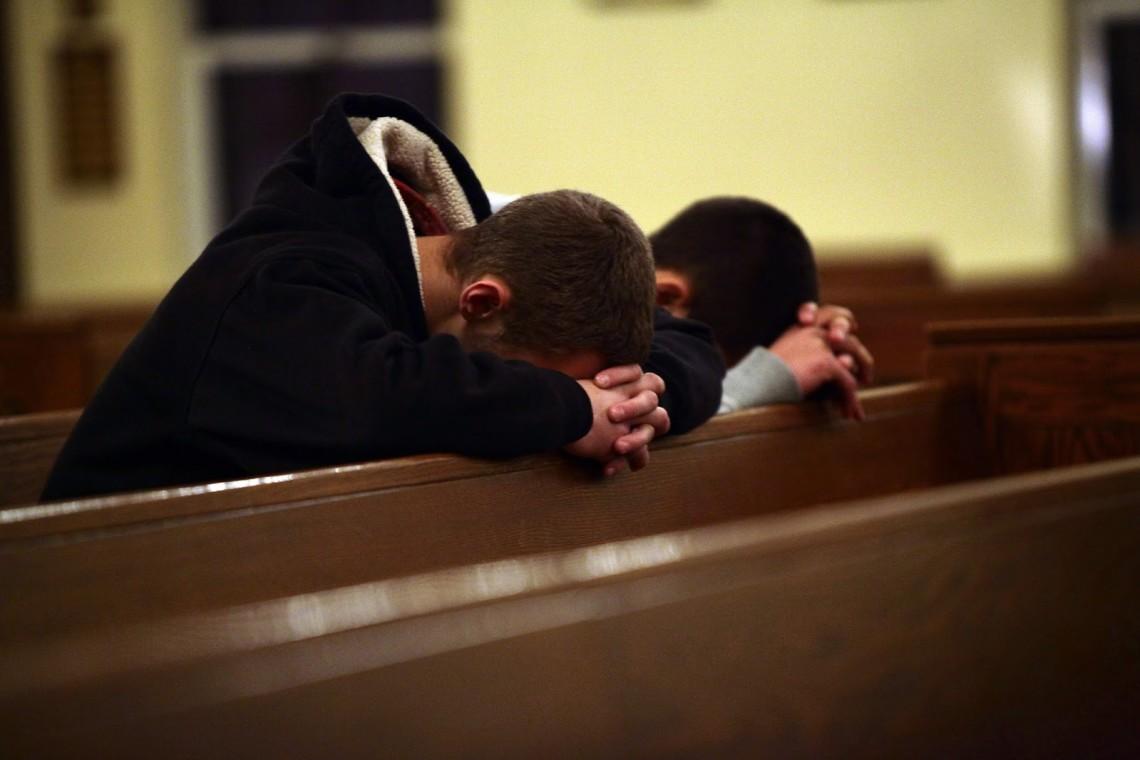 Young-Men-in-Prayer-1140x760.jpg