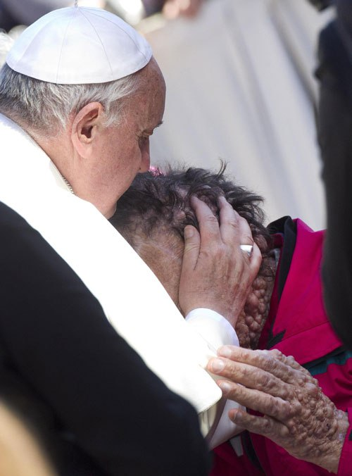 131106-pope.jpg