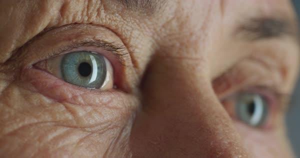 old eyes.jpg