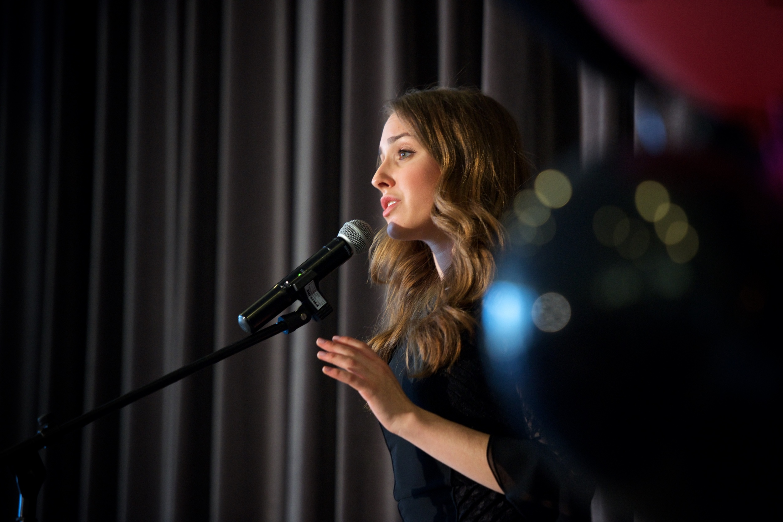 Singer, Mega Challah Bake