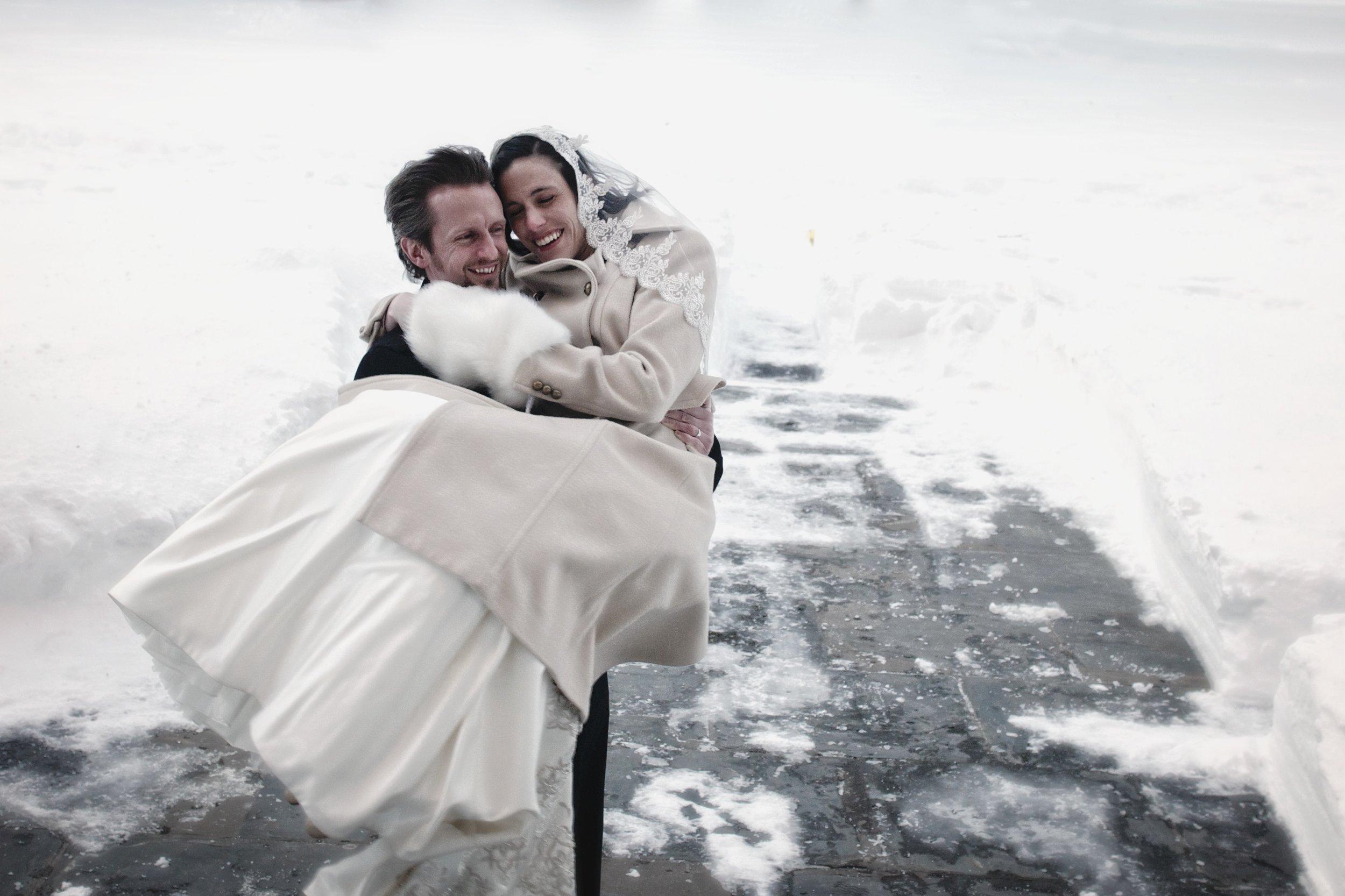 New Haven blizzard wedding