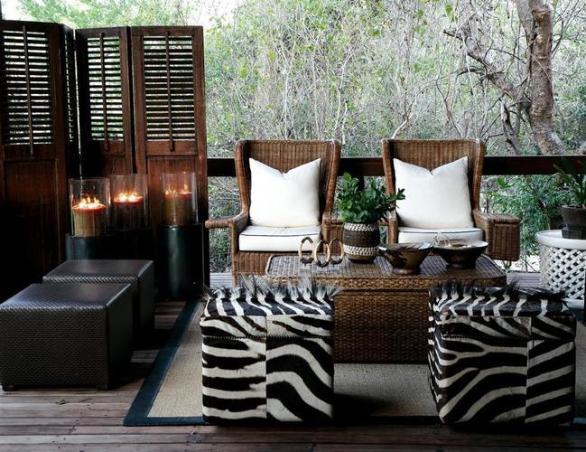 Londolozi Lounge.jpg