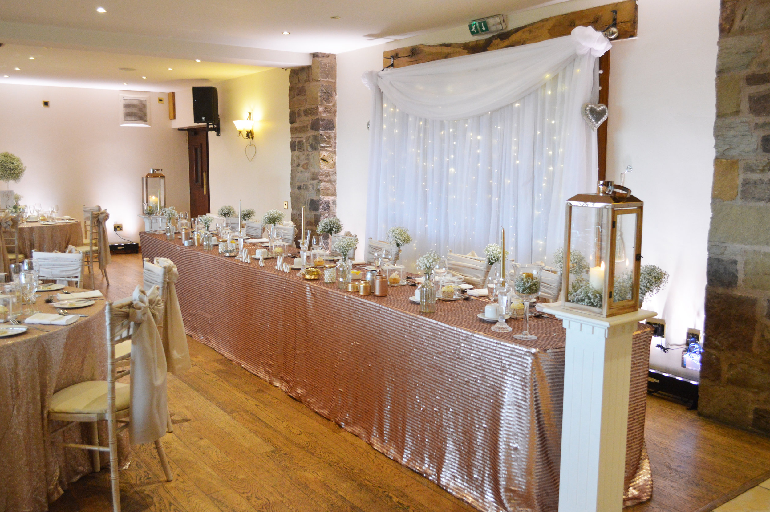 Sequin top table cloth