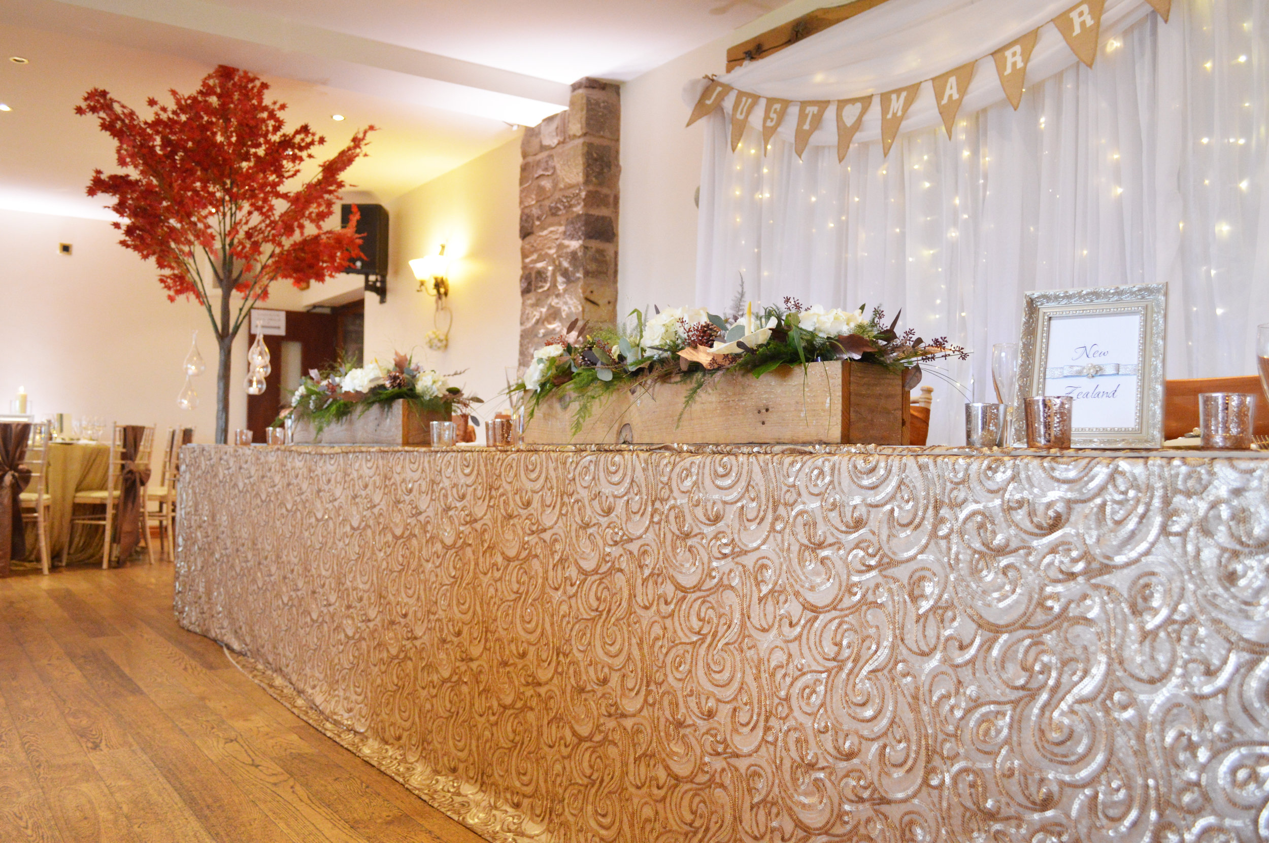 Top table cloth