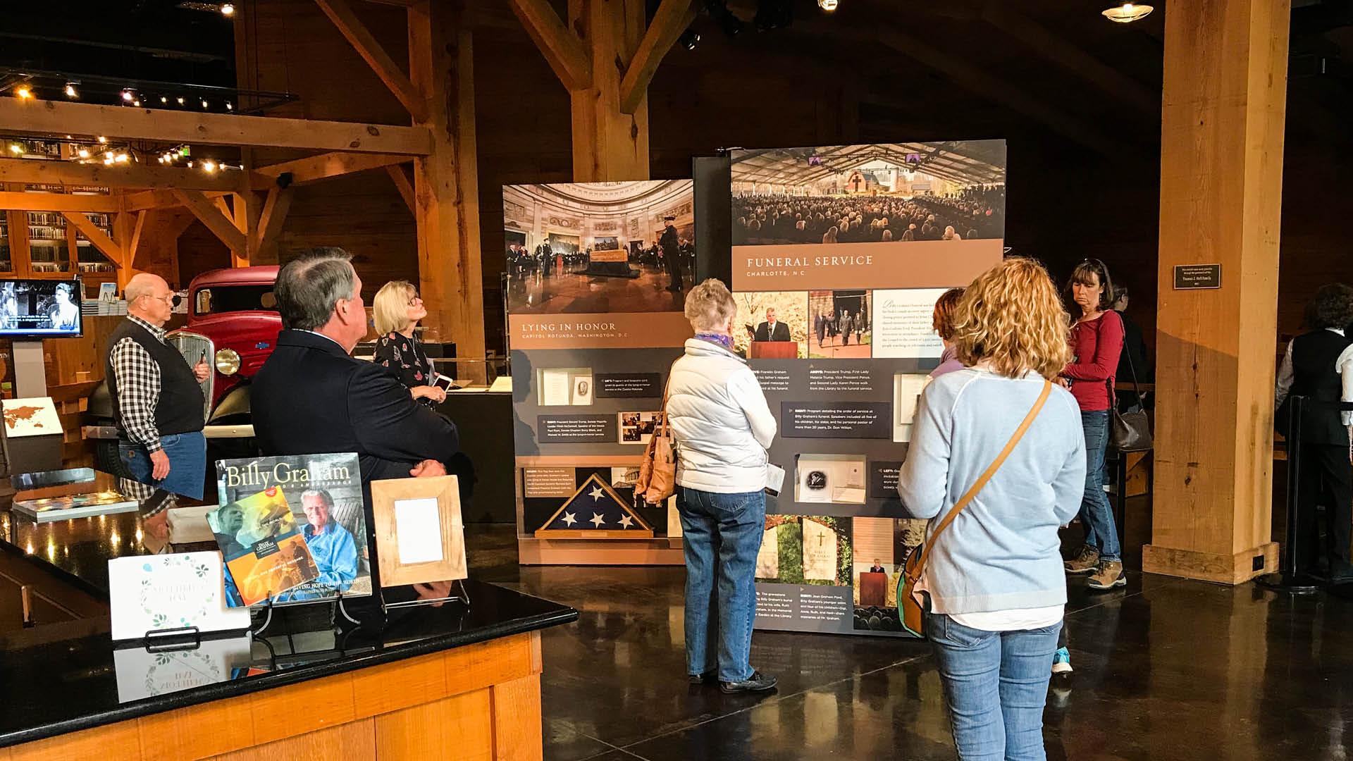 Billy Graham Memorial Exhibit Visitors.jpg