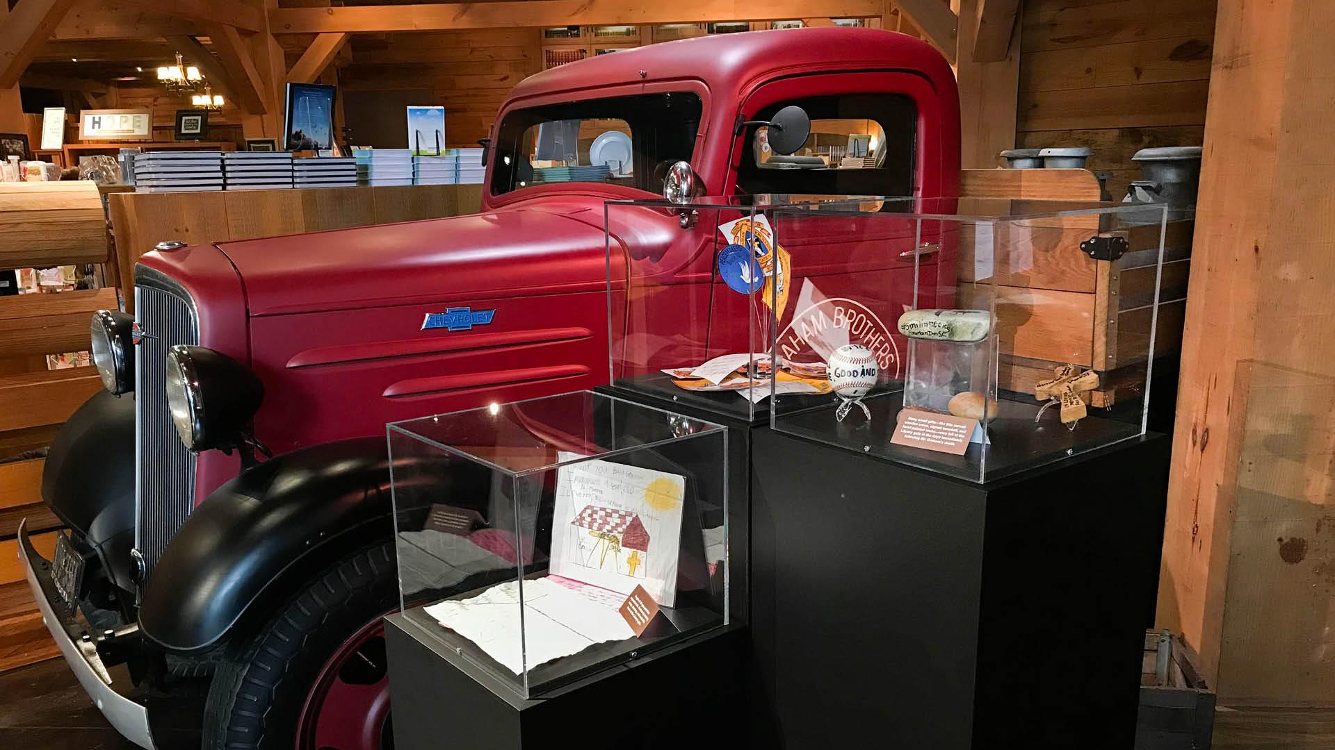 Billy Graham Memorial Exhibit Letters.jpg