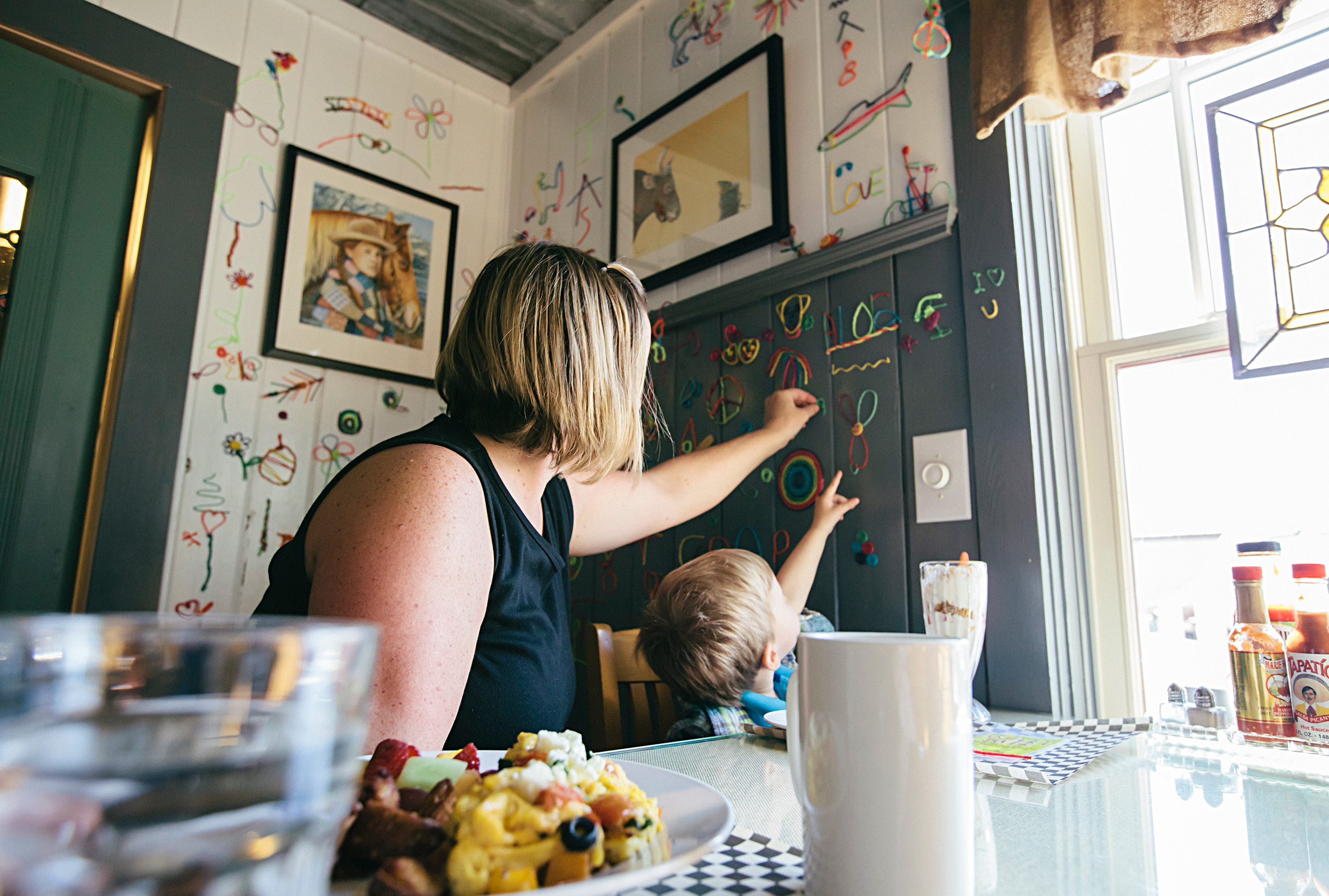 the-cottonwood-cafe-family-friendly-cozy-cottage-charm-sisters-oregon.jpg