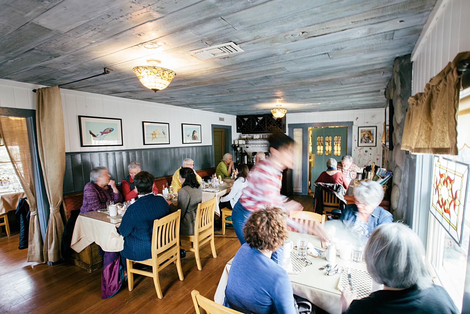 cottonwood-cafe-best-service-in-sisters-tripadvisor-top-rated.jpg