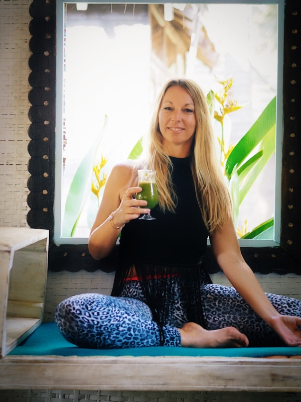 Hey beautiful soul, - welcome to Soul & Spirits - your blog for yoga & mindful living.Find inspiration around yoga, healthy living, travel and holistic nutrition.Thank your for visiting and enjoy your reading,Love,Nicole