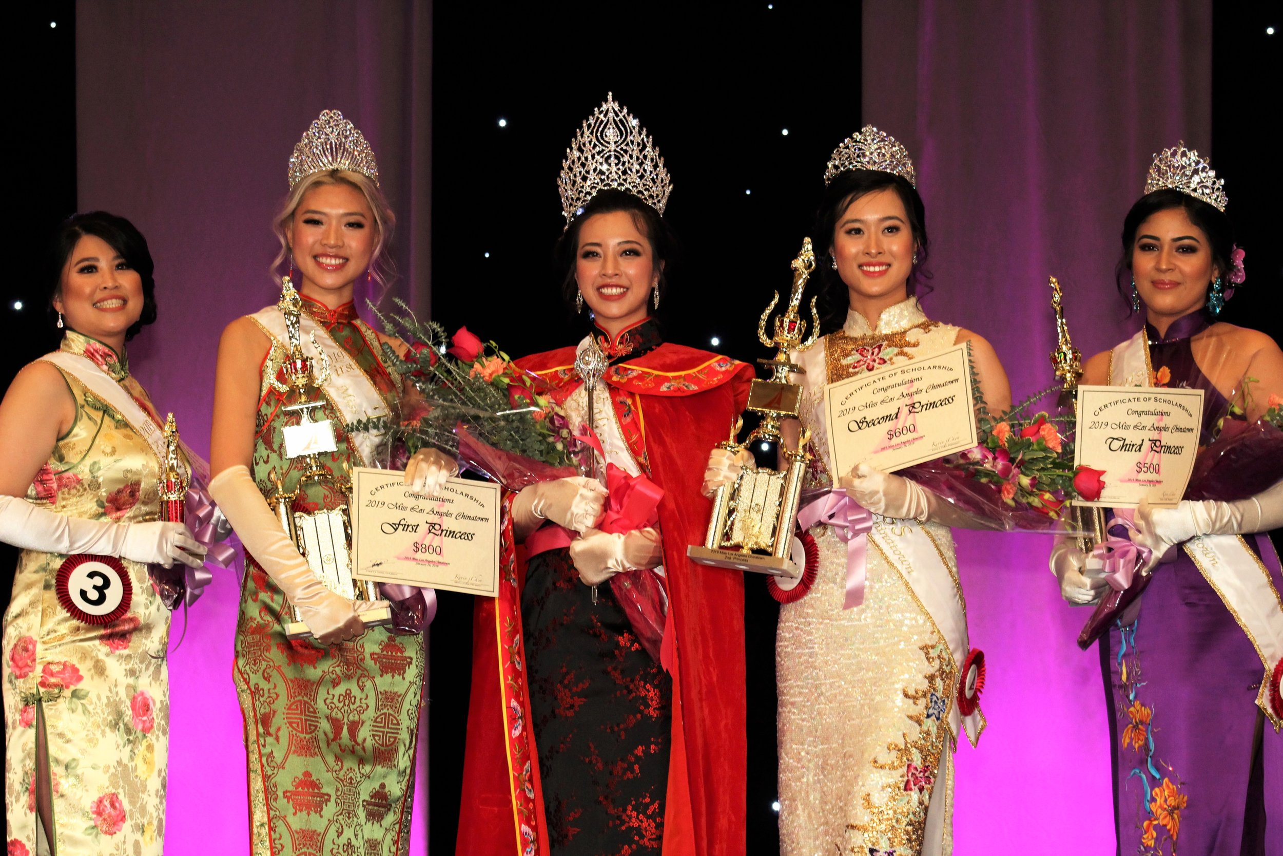 From left to right:  Miss Friendship Barbara Wong, First Princess Isabell Liu, Queen & Miss Photogenic Kellie Chin, Second Princess Sela Wang, and Third Princess Ashley Thompson