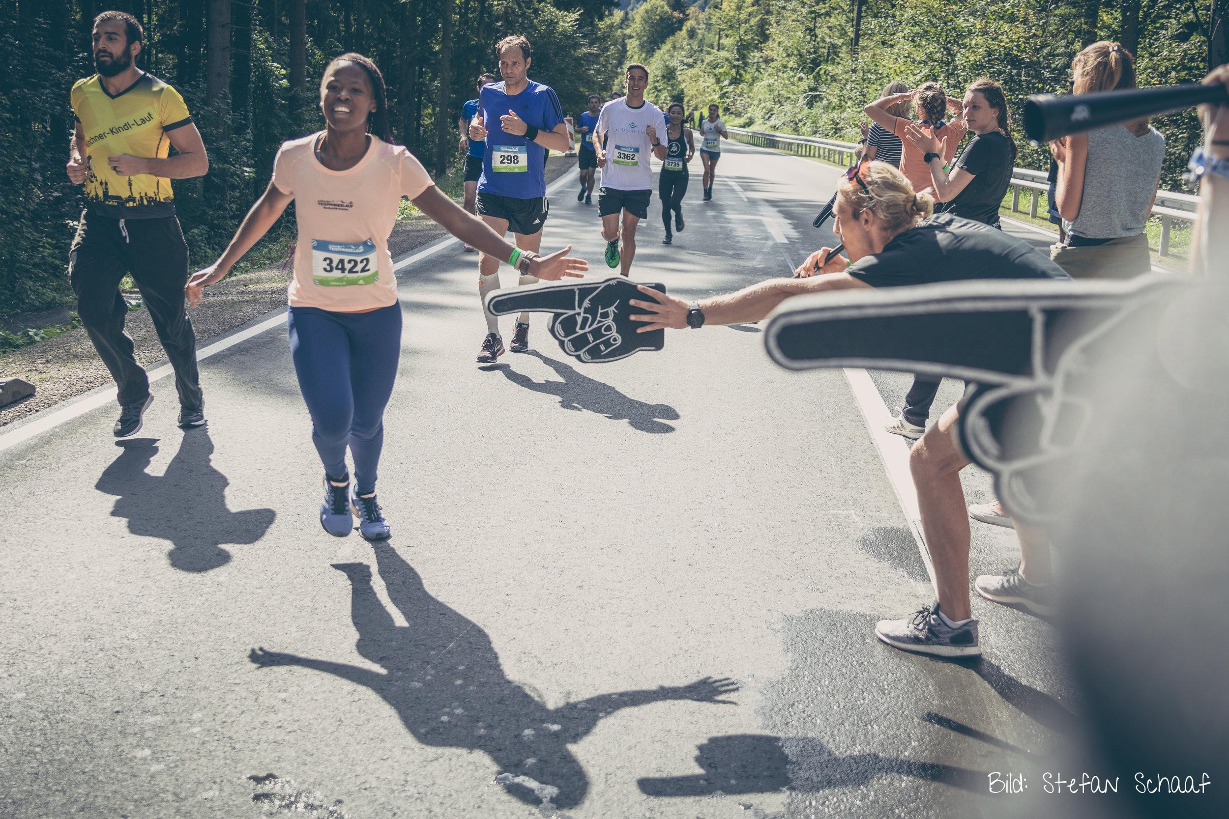 #schusterrunner Busi am Adidas Runner Cheerpoint