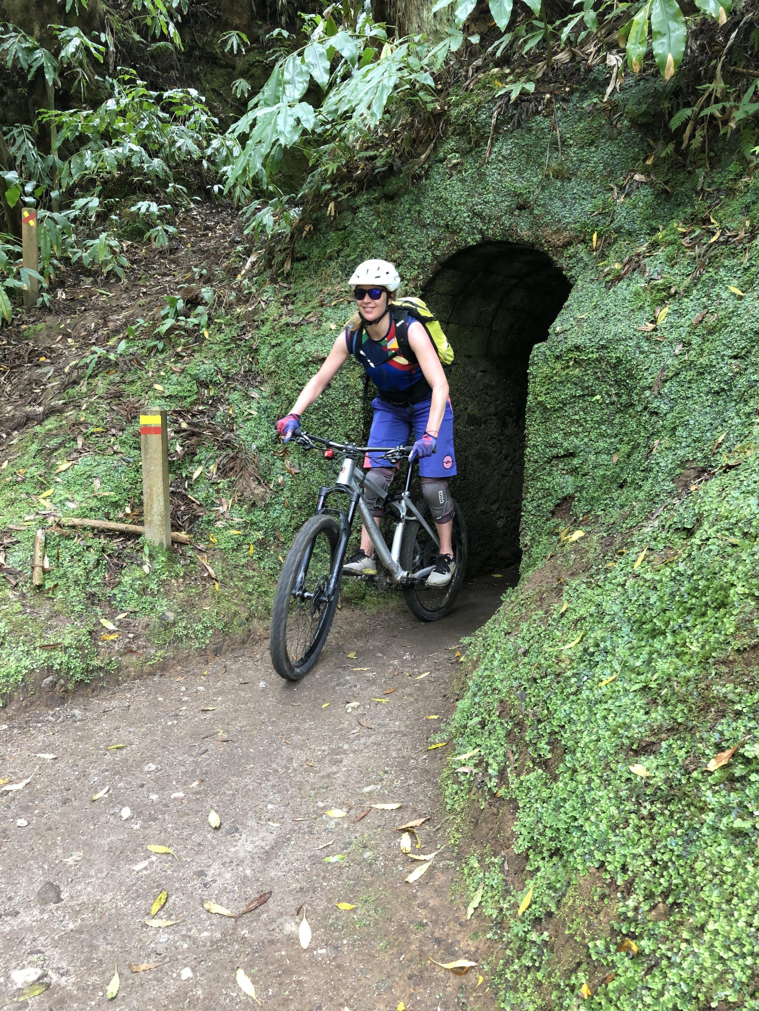 Auch Tunnel gab es auf der Tour.