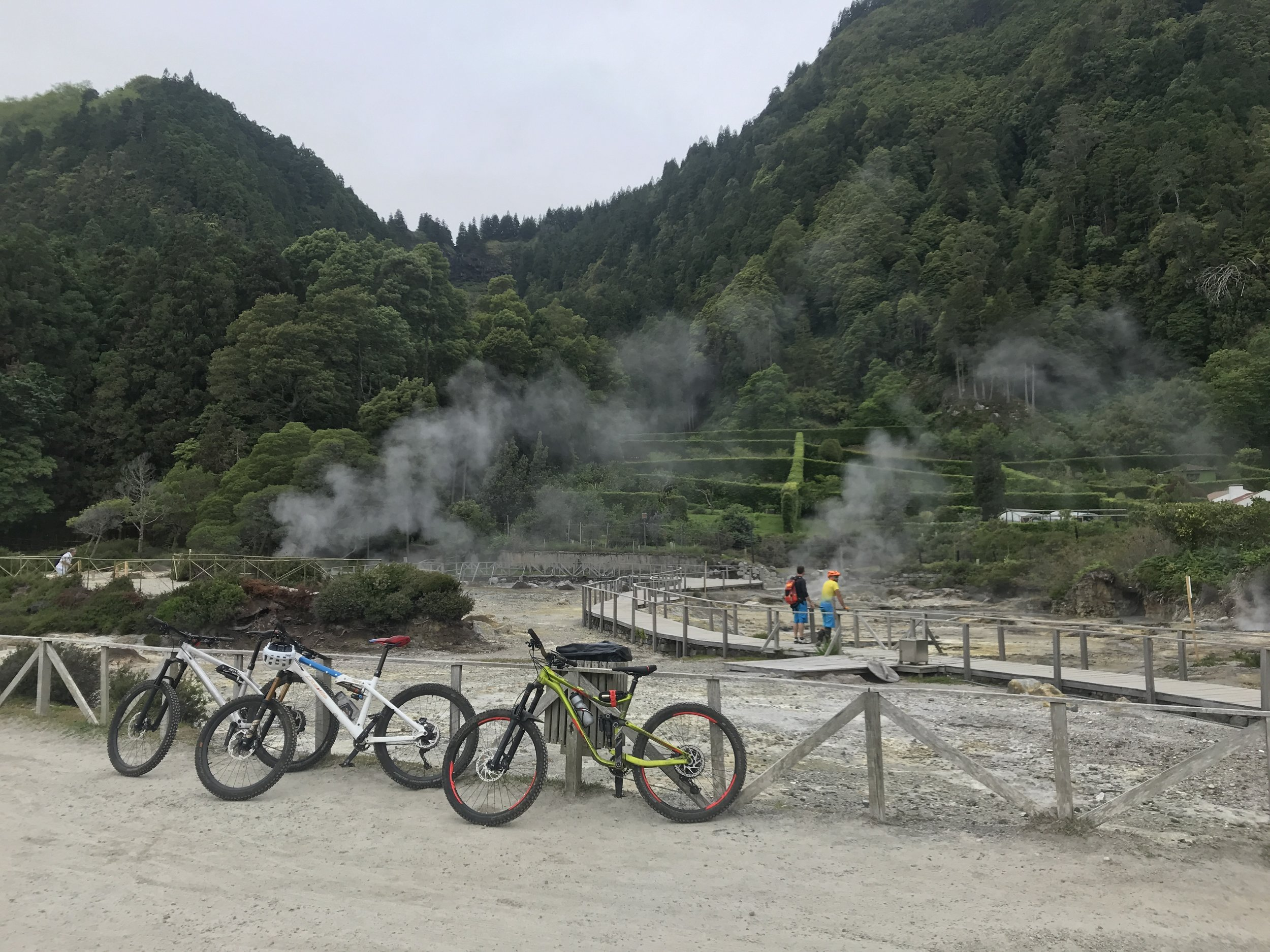 Mehr Caldeiras am Lago das Furnas