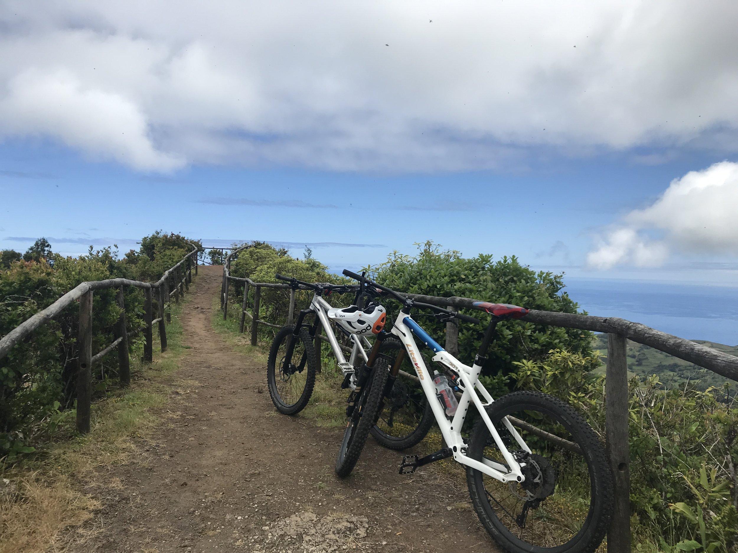 Copy of Copy of Oben! Vom Pico Alto hat man einen tollen Blick über die Insel.