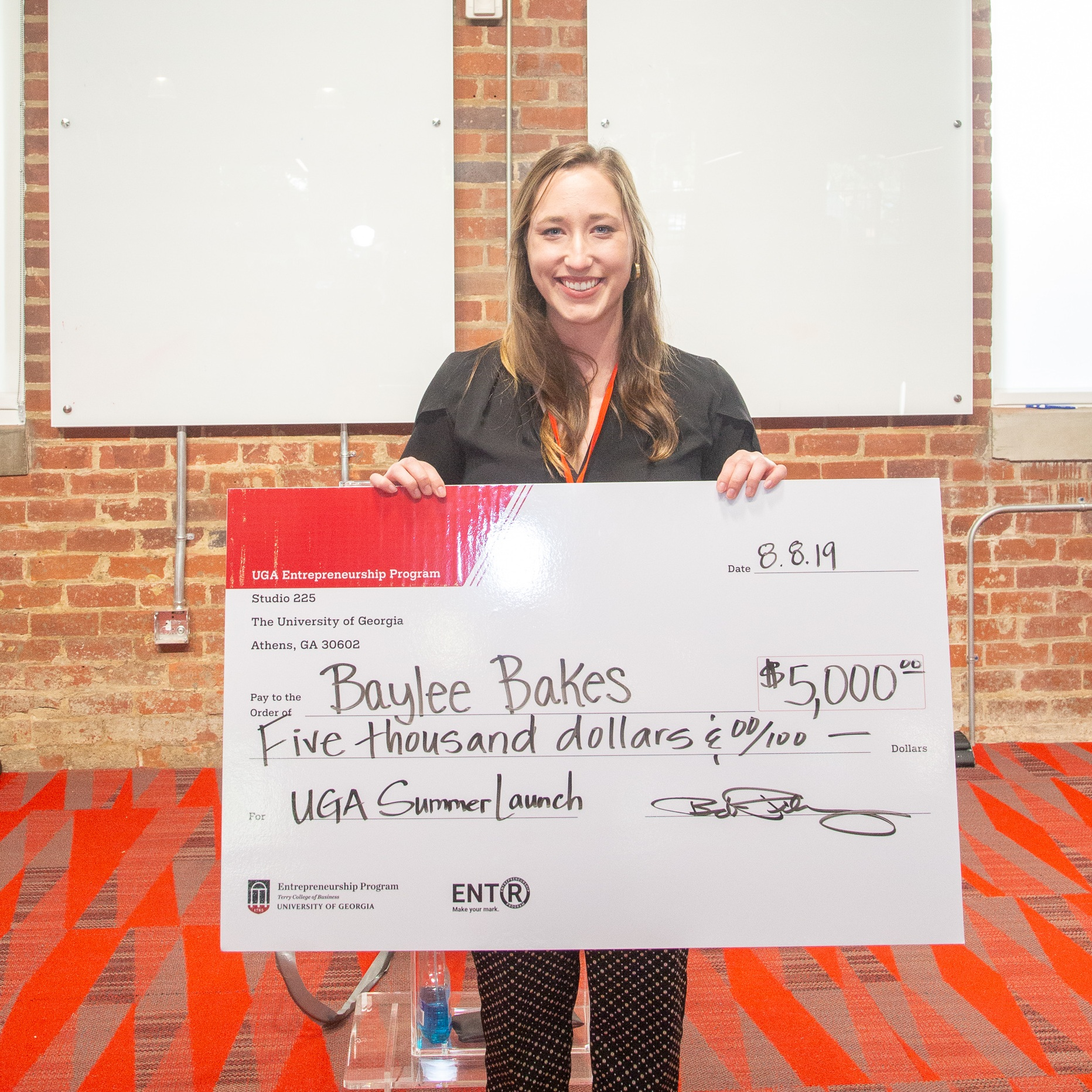 Congratulations to Baylee Marsh, owner & operator of Baylee Bakes, winner of the 2019 Summer Launch Program.