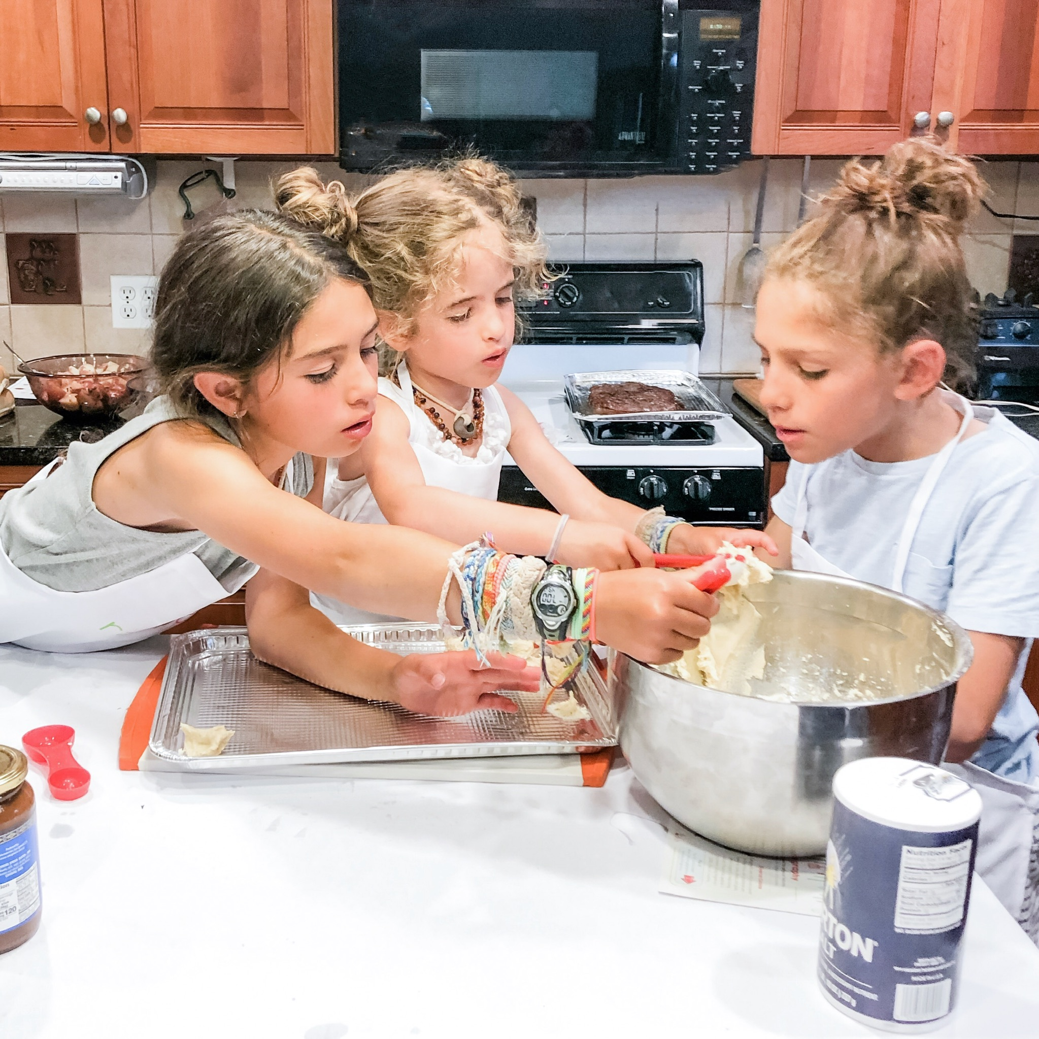 Dulce de Leche Cookies with Raddish Kids