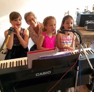 Sally Goldberg  PIANO