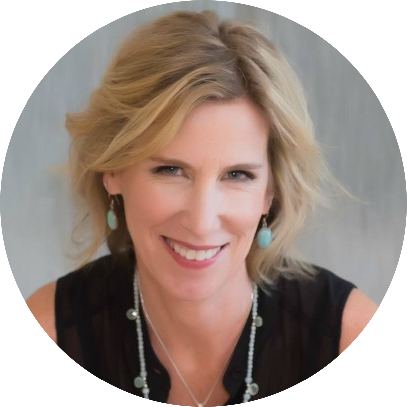 Smith's story is so relatable and she leads us to understand that decluttering can lead to freedom and clarity. A must-have speaker.  ~ Molly Knight-Forde