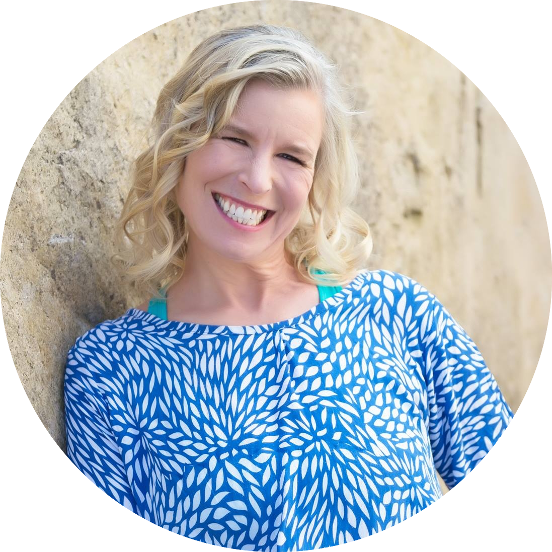 Smith is a terrific speaker! I am a collector of stuff and she has inspired me to streamline. My minimalist husband thanks you!  ~ Tara LeDuc