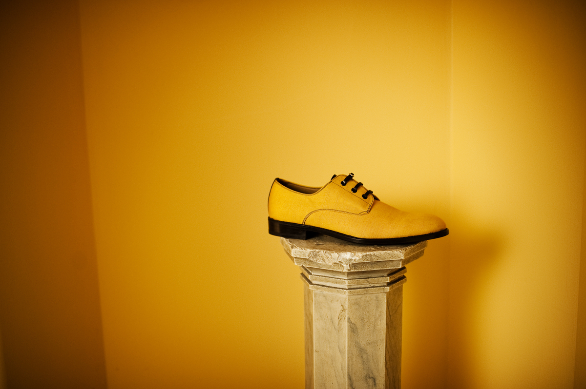 Lodger - Italian linen shoe with leather belt lace