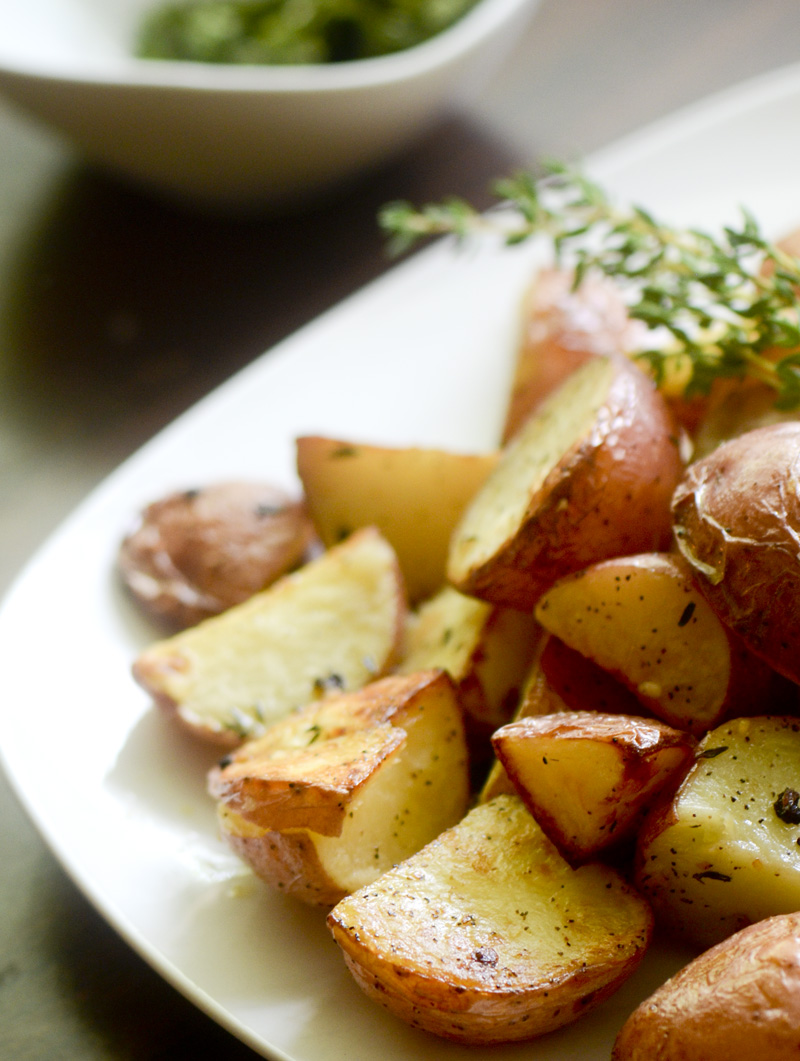 garlic roast potatoes.jpg