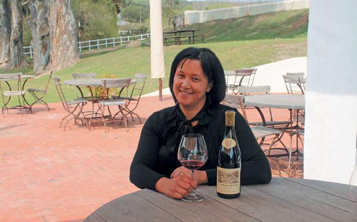Farmer's Weekly: Top female entrepreneur winning over the wine industry (ft. Tesselaarsdal) | 3/1/18