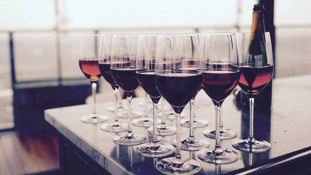 KSAT12: 20 under $20: Best affordable wines you can buy at the grocery store (ft. La Vieille Ferme and Marqués de Cáceres) | 05/24/18
