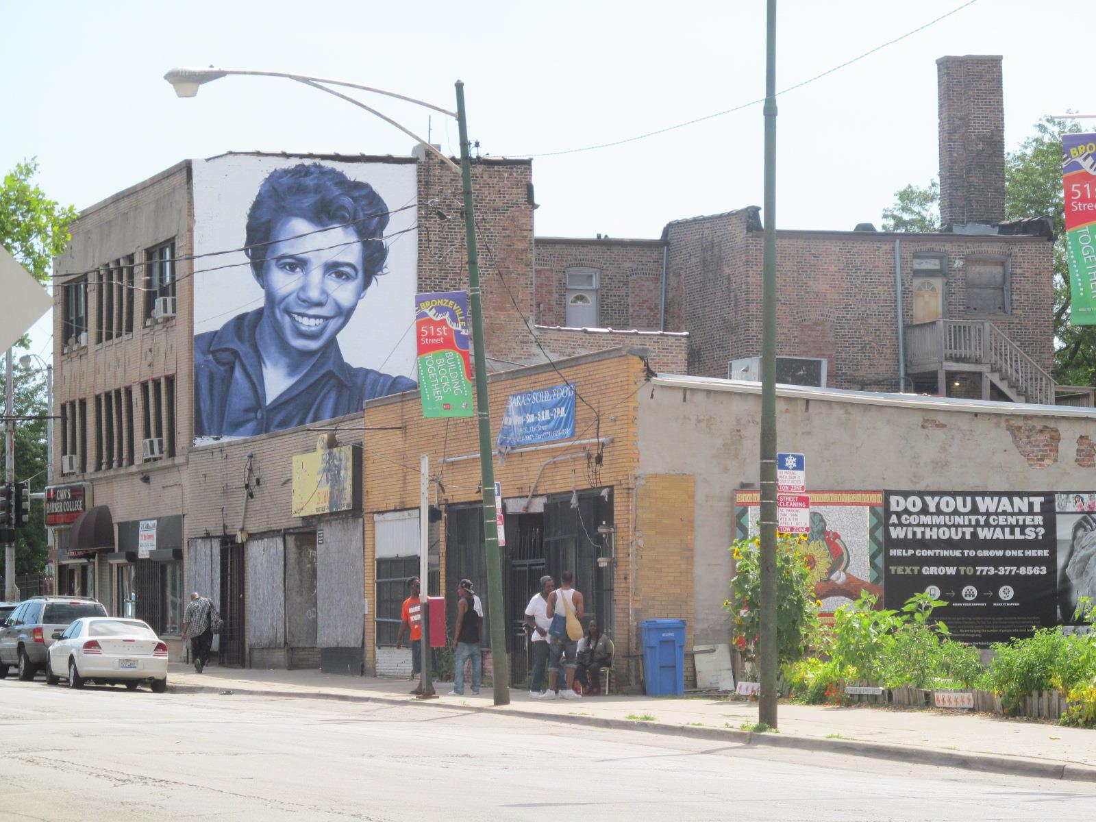 Lorraine mural best pic by AC 51st and Calumet.jpg