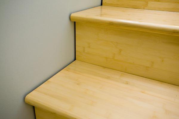 06stairdetail.JPG