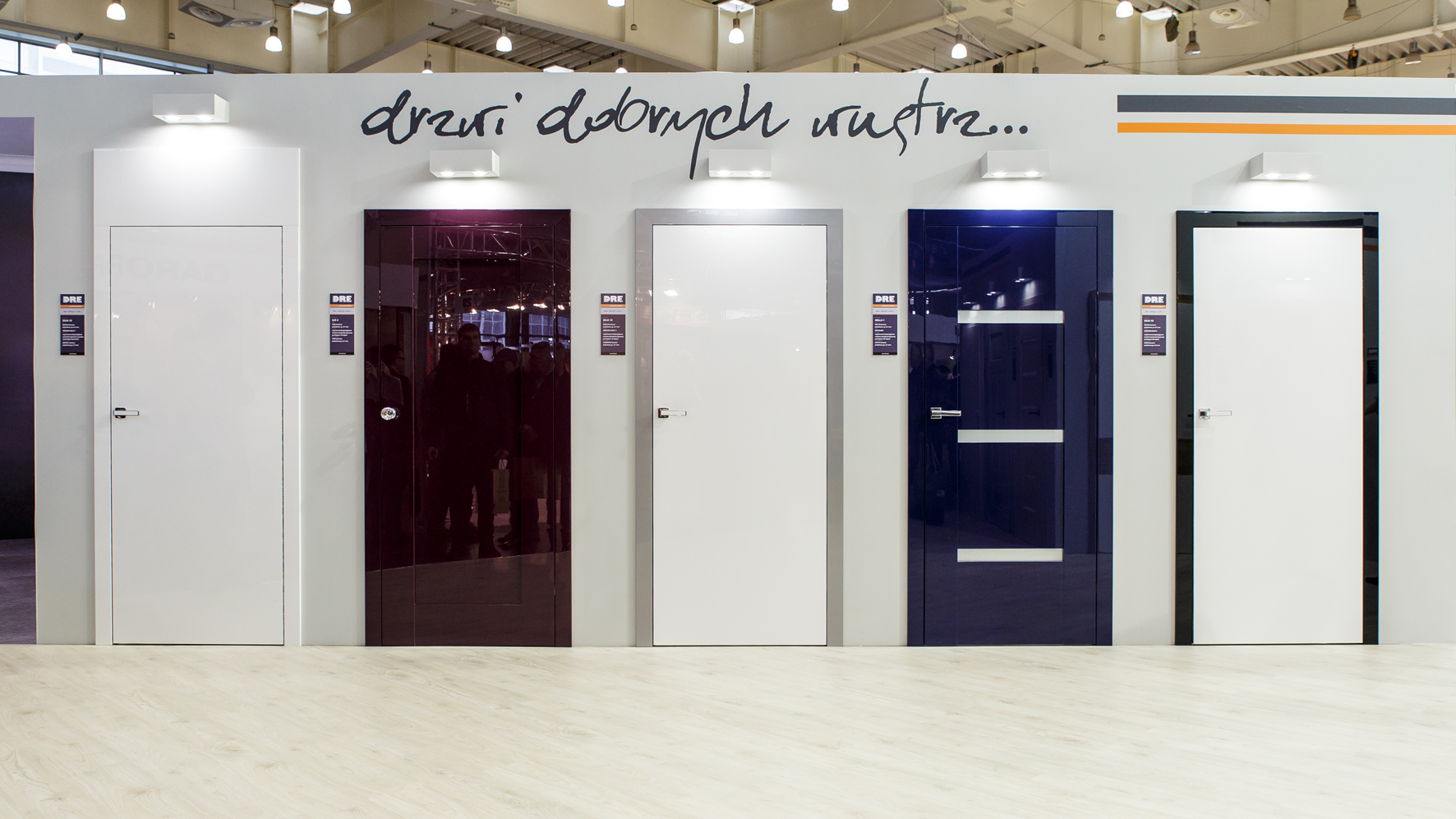 Hochglanz für Türen aus RAUVISIO brilliant © DRE