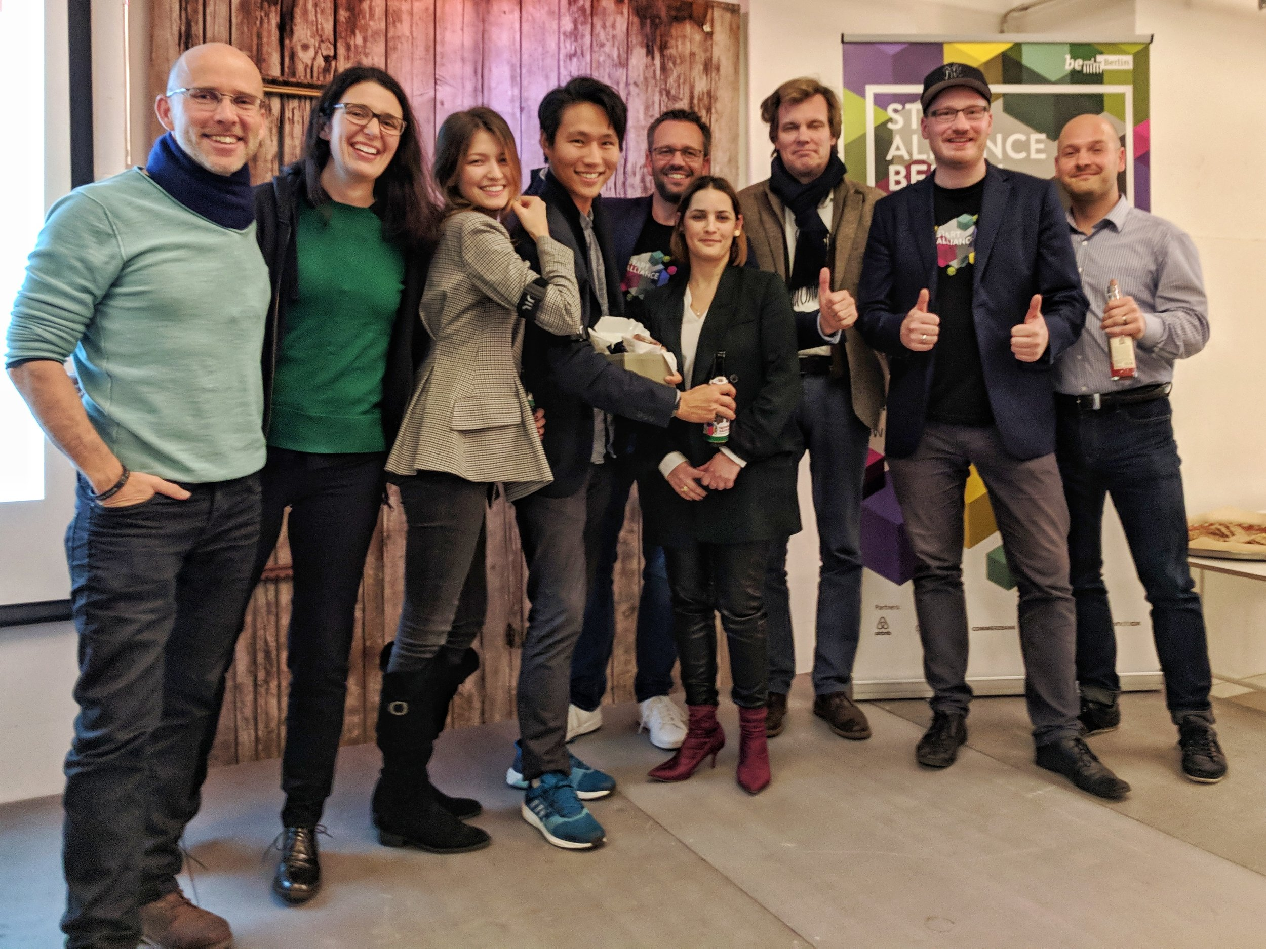 Pitch Winner with Jury fltr: Alex Piutti (HTGF), Isabell Canu (Coparion), Ruby Hawliczek (Wear Works), Kevin Yoo (Wear Works), Christian Herzog (Start Alliance), Mali Baum (Angel Investor), Philipp Semmer (MOTU Ventures), Carl-Philipp Wackernagel (Sstart Alliance), Rayk Reitenbach (IBB Bet)