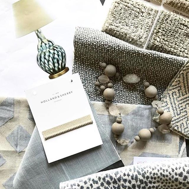 Neutrals done right in this scheme by @boxwoodinteriors! 📷 via: @boxwoodinteriors