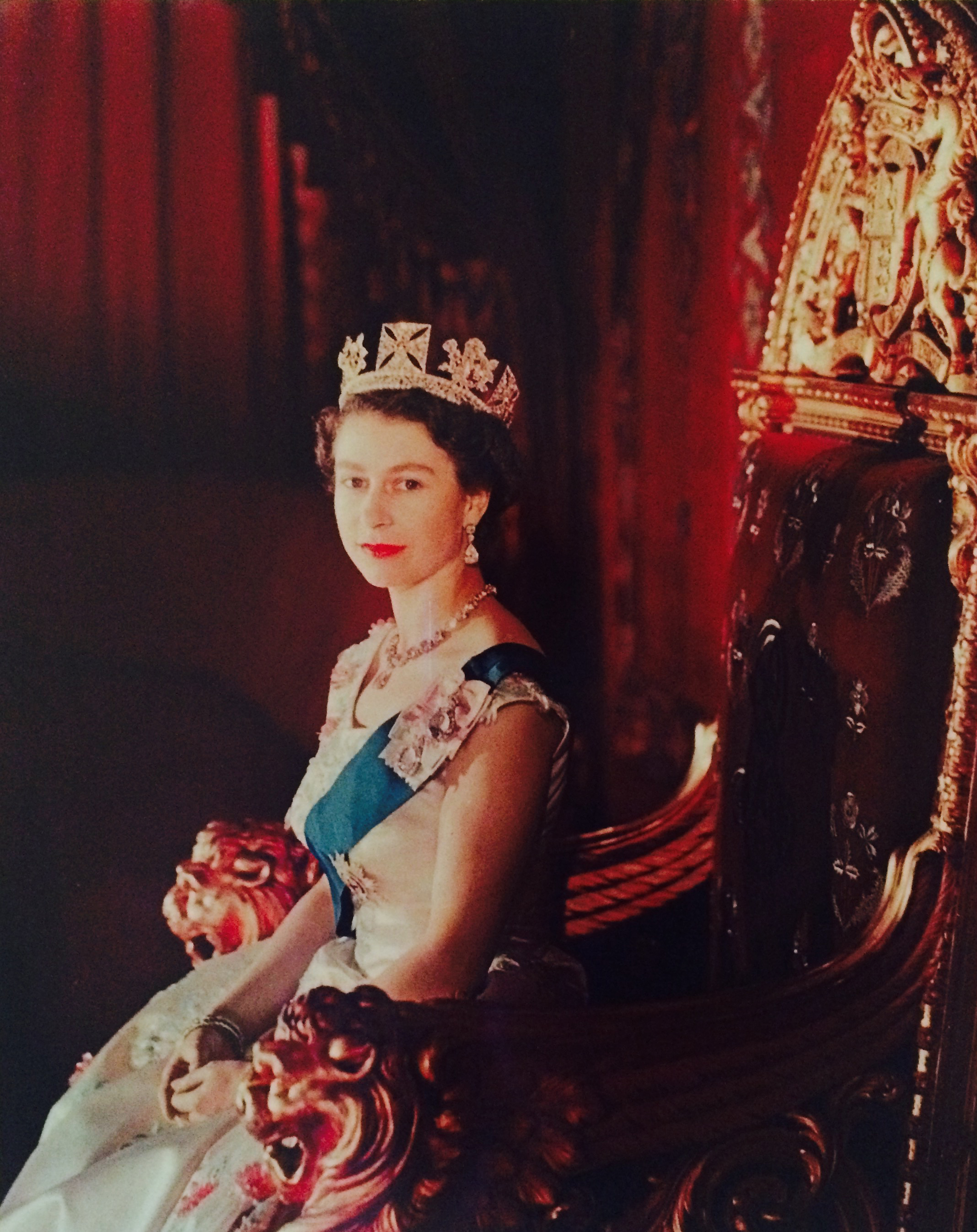 Cecil Beaton: The Queen on her Coronation