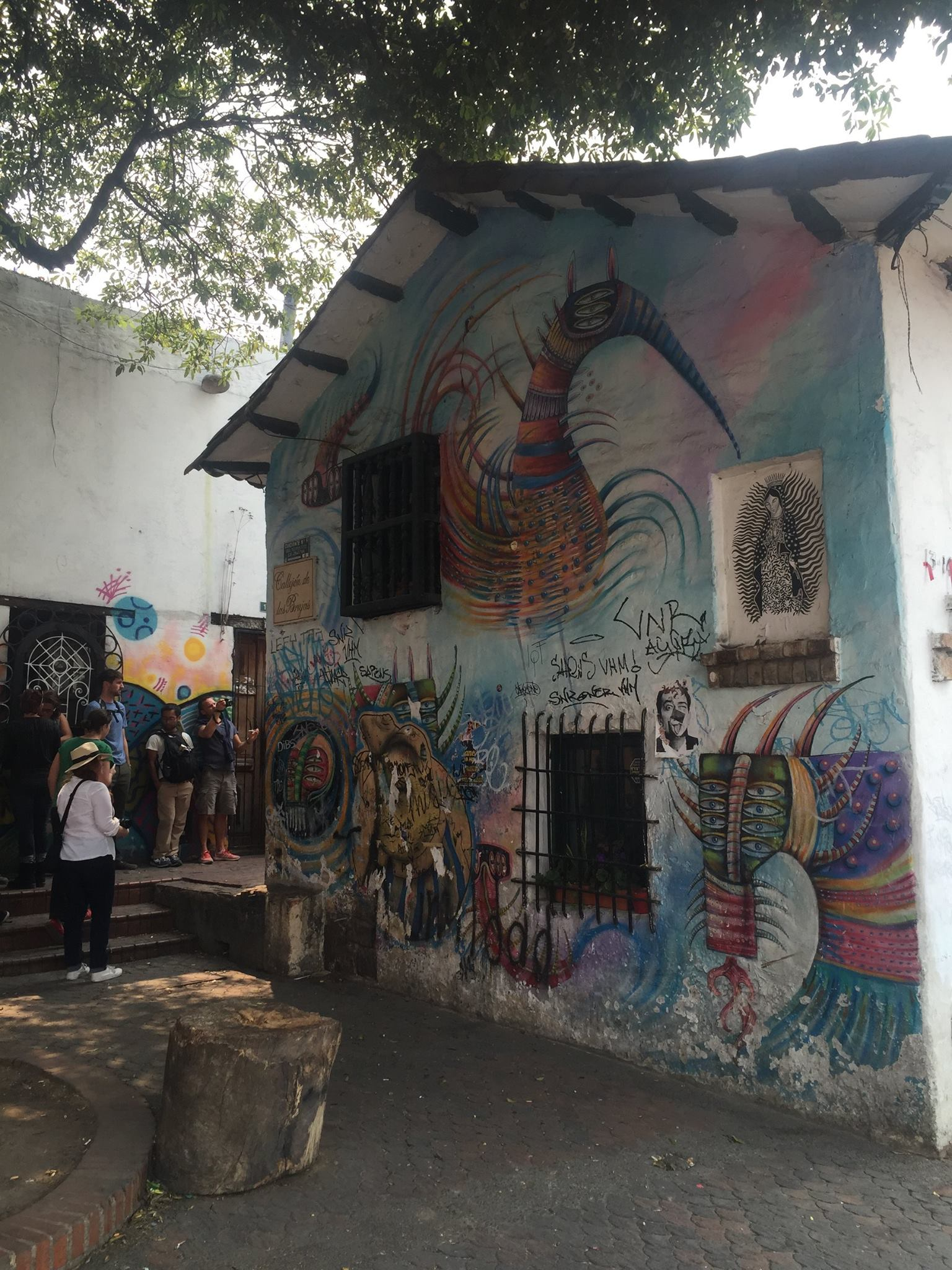 One of the oldest buildings (now a pub) in Bogotá, complete with a recent graffiti mural.