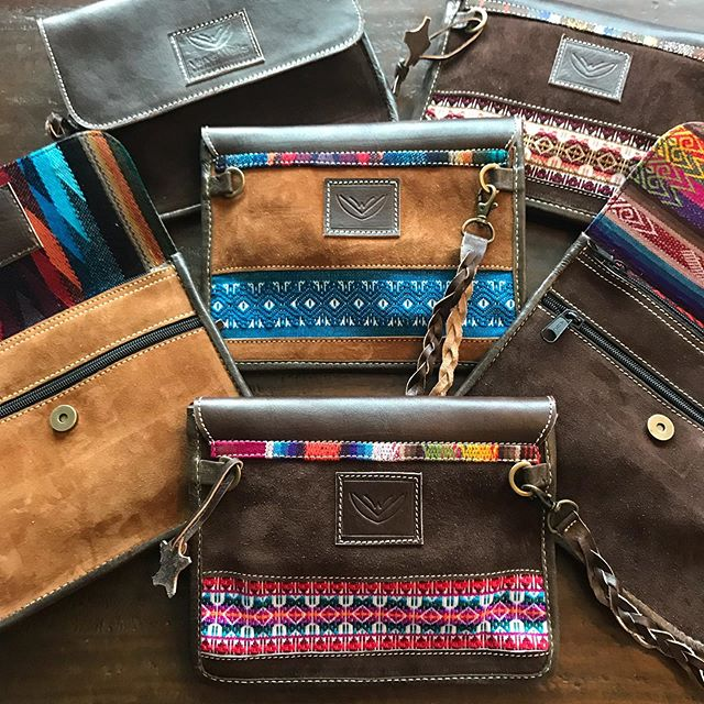 🌟 Back by popular demand. 🦋🐆🌻 #VerverWerks #wieldyoursoul ____________________________________________ #friyay #clutchbag #fairtrade #statementbags #crossbodybag #unicorn #willtravel #purposeful #festivalbag #rainydays #rainbow🌈