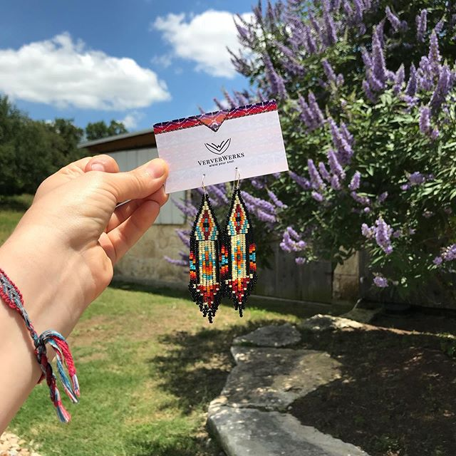 ☁️ 🌻 ♥️ It's a beautiful day out at @jesterkingbrewery 🦋  H A P P Y  S U N D A Y ! These earrings are available by DM only! #VerverWerks #wieldyoursoul _____________________________________________________________ #jesterkingbrewery #drippingsprings #sundayfunday #fringeearrings #statementpiece #handcraftedearrings #itsacolorfullife #texasbrewery #texasthings #enjoy #relax
