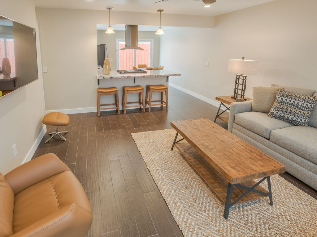 Luxurious from top to bottom, no expense was spared with this full remodel.2 fully furnished Bedrooms and 2.5 Bathrooms - pismo beach •Stimson a