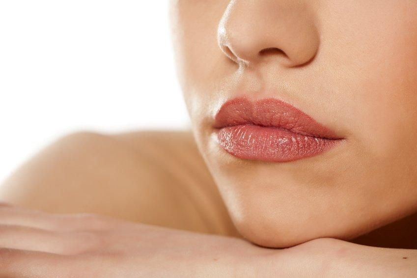 Full lip color & liner