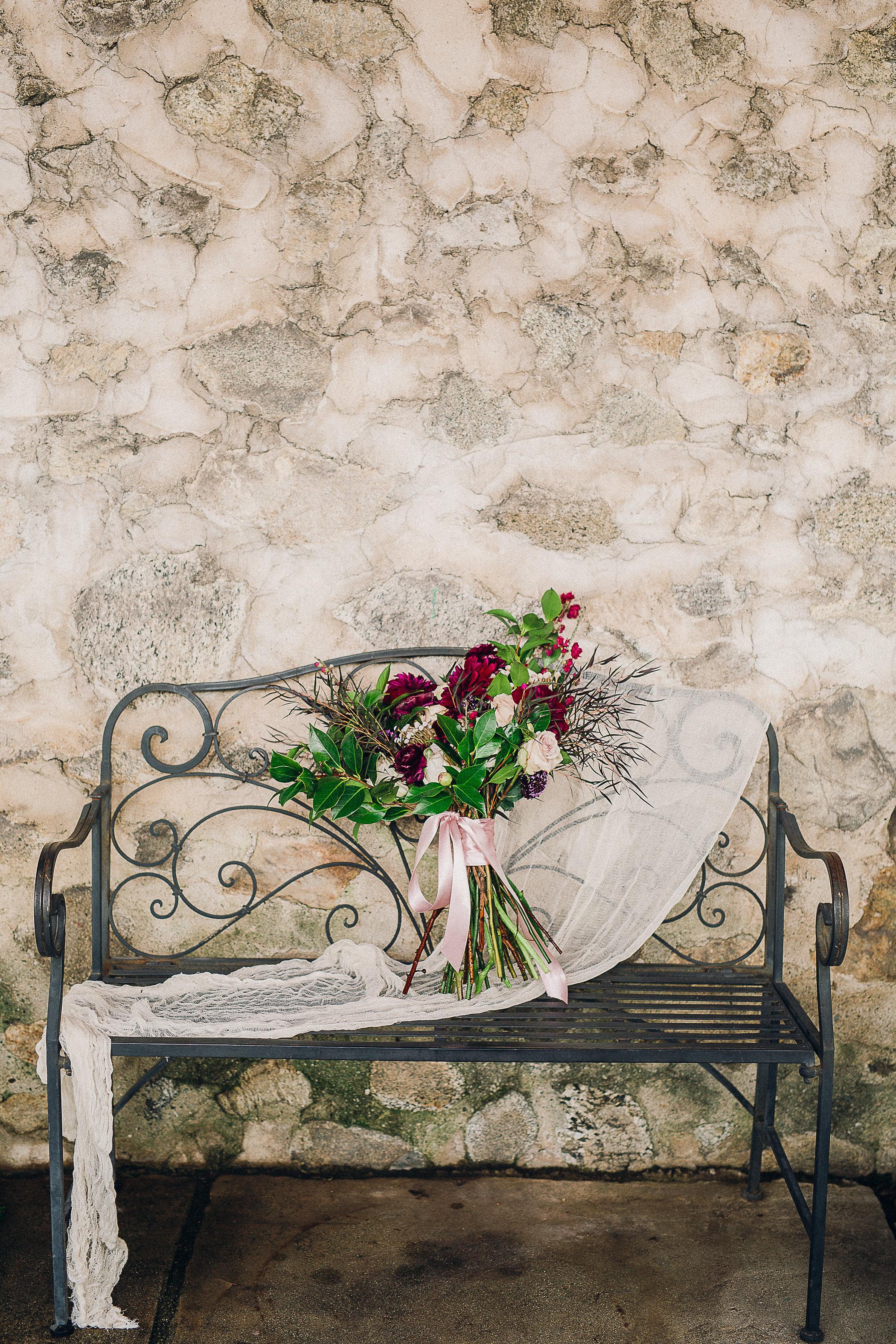 CUEVAS-WEDDING-SNEAK-PEEK-0004.jpg