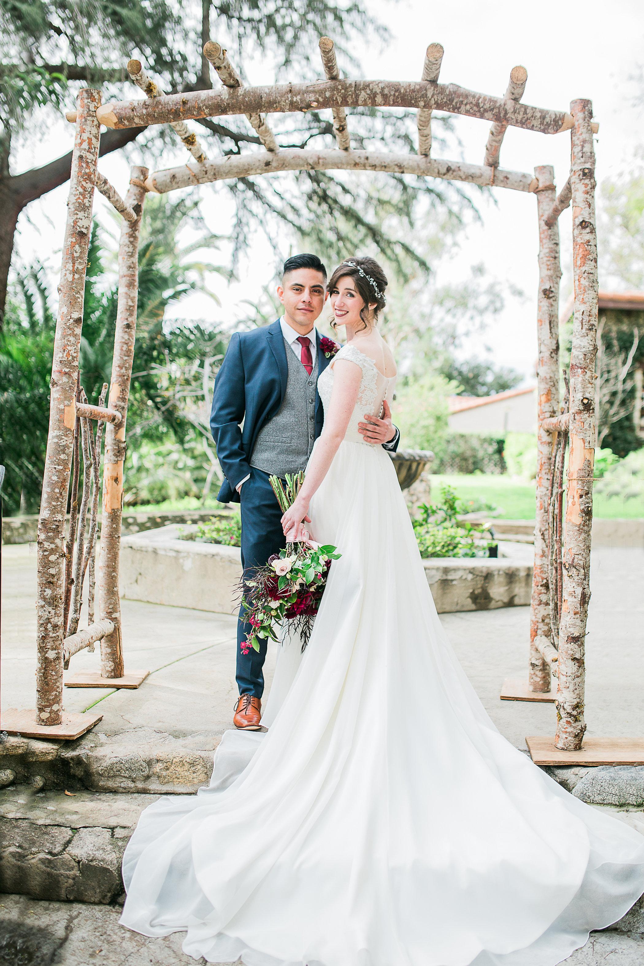 CUEVAS-WEDDING-SNEAK-PEEK-0037.jpg