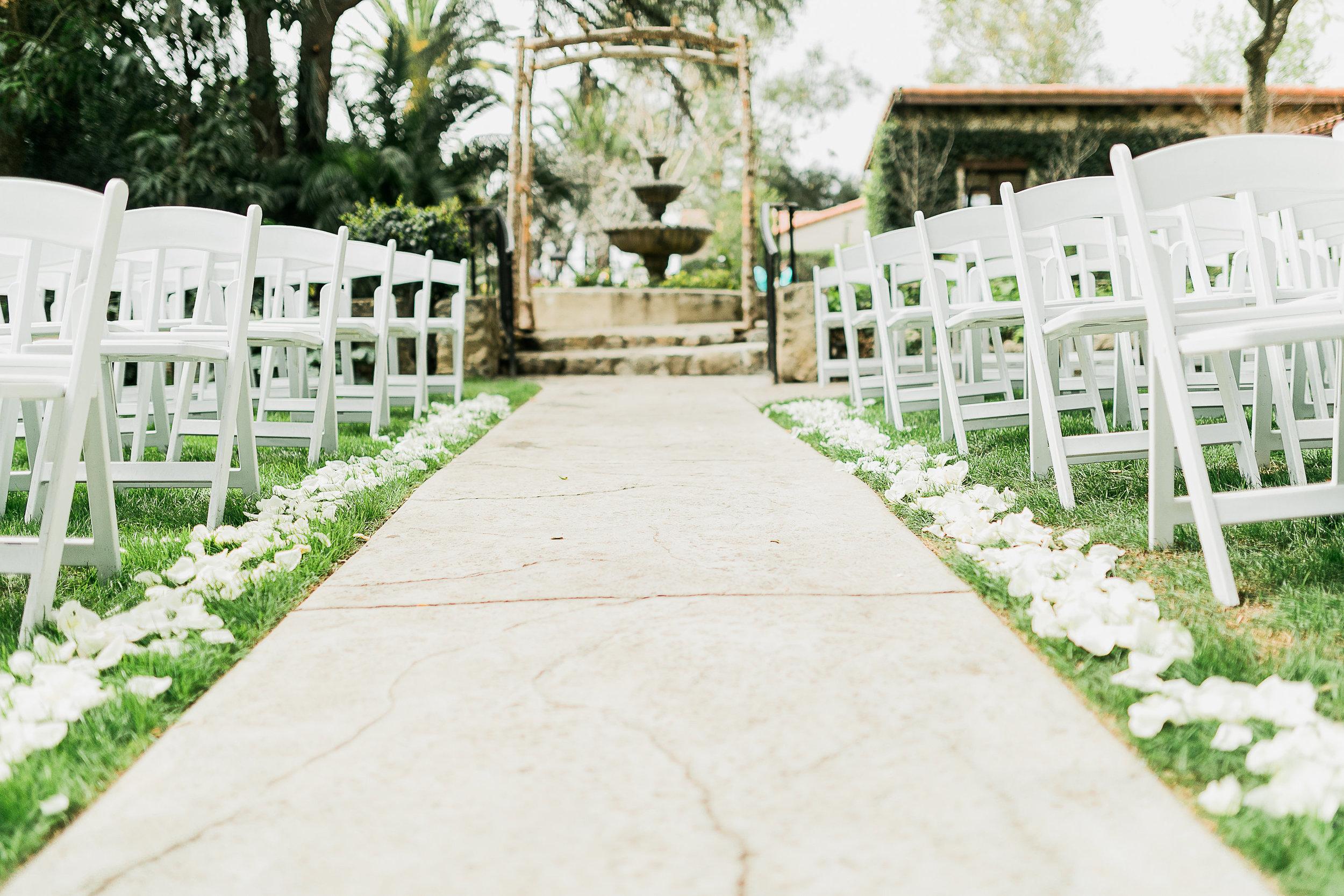 CUEVAS-WEDDING-SNEAK-PEEK-0046.jpg