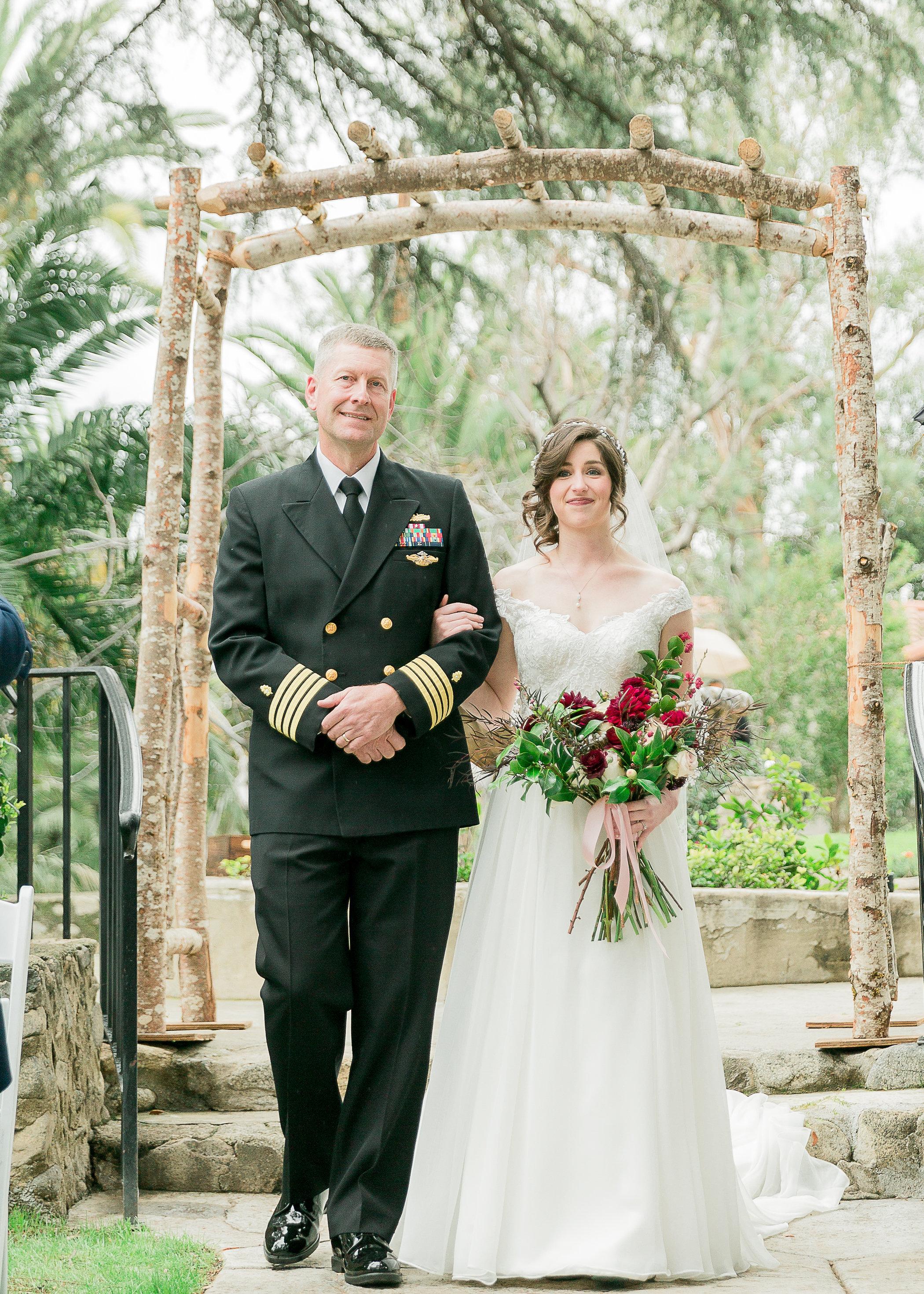 CUEVAS-WEDDING-SNEAK-PEEK-0048.jpg