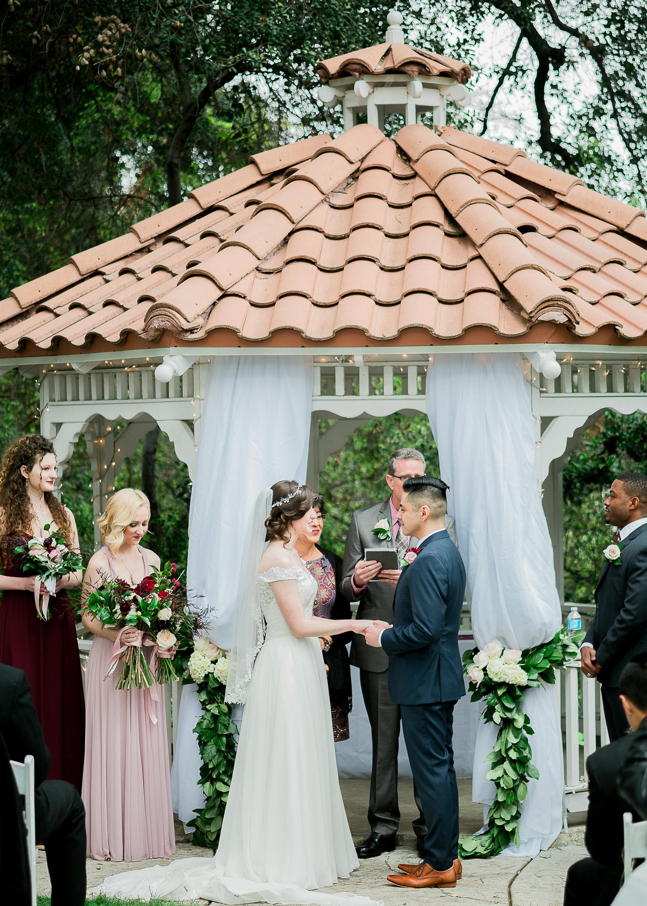 CUEVAS-WEDDING-SNEAK-PEEK-0052.jpg
