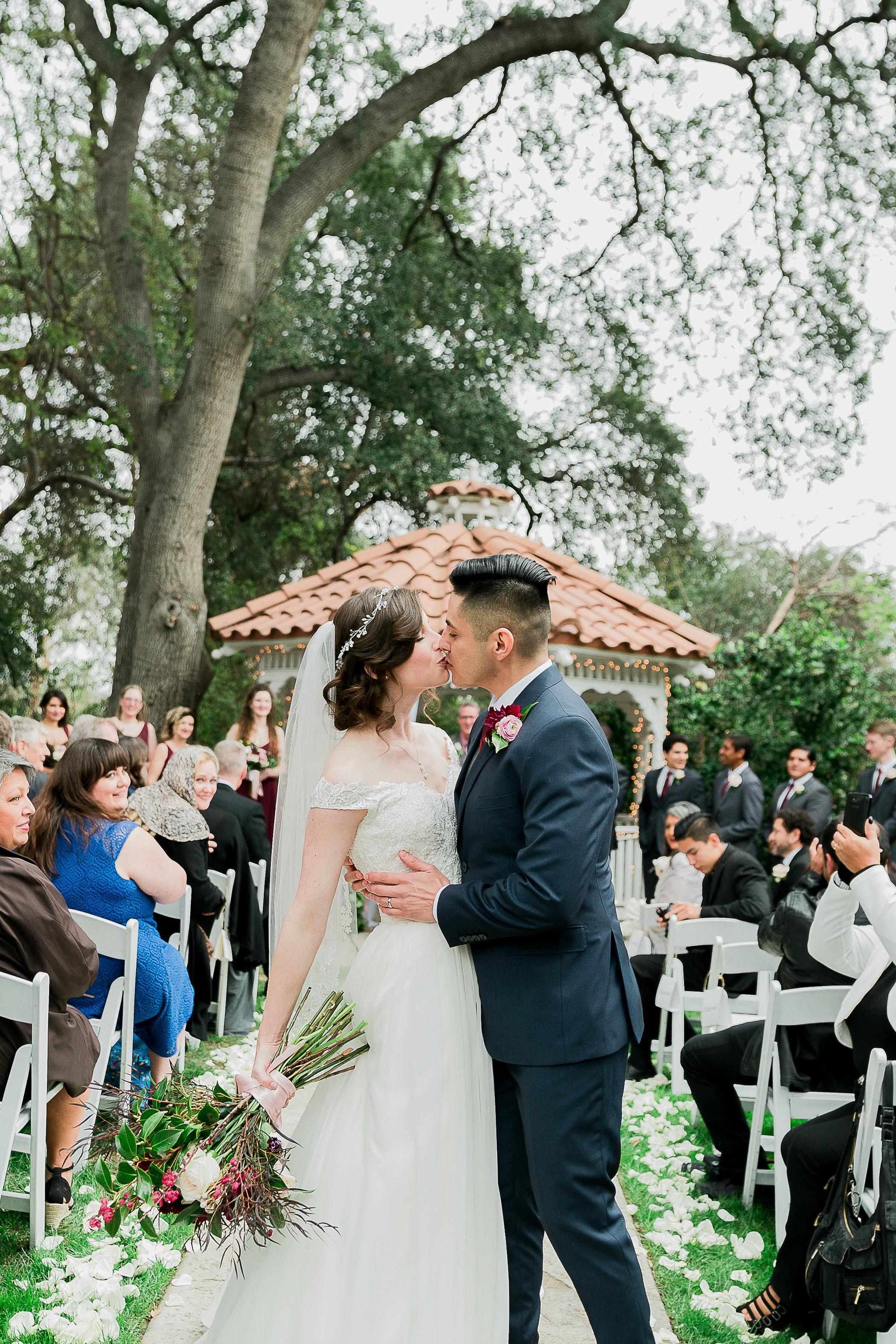 CUEVAS-WEDDING-SNEAK-PEEK-0066.jpg