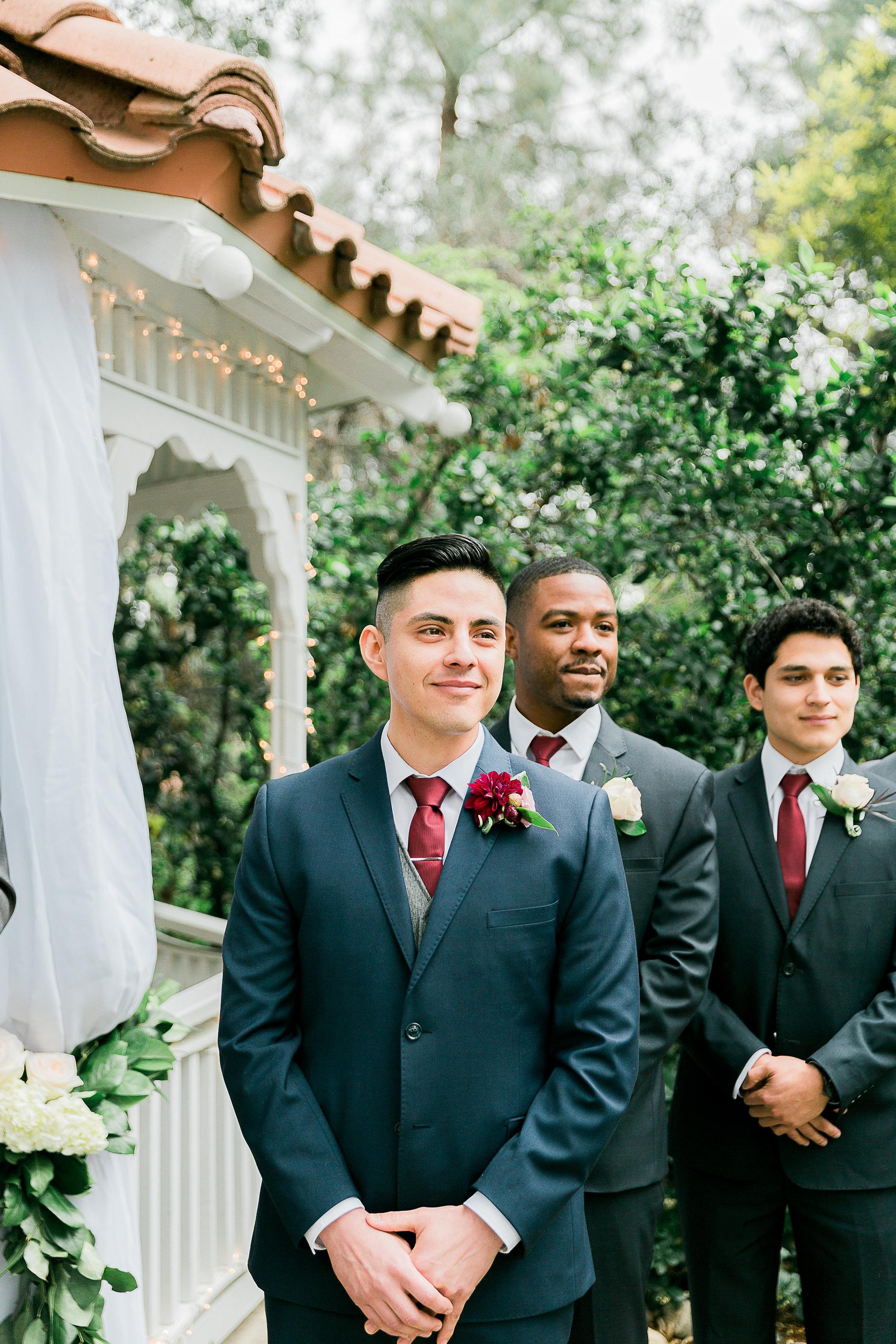 CUEVAS-WEDDING-SNEAK-PEEK-0049.jpg