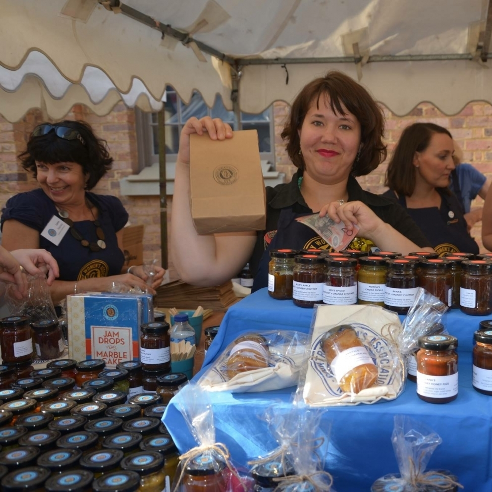PRESS RELEASE     DECEMBER 2015 CWA Sydney City returned to Sydney Living Museums Christmas Fare at Hyde Park Barracks with even more homemade preserves and handcrafted decorations