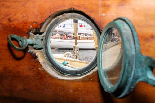 Porthole view  © Tim Ikin | Courtesy of the Australian Wooden Boat Festival